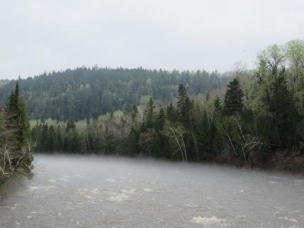 Mist boven Ste Marguerite-rivier