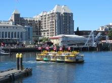 Ballet van Water Taxi's